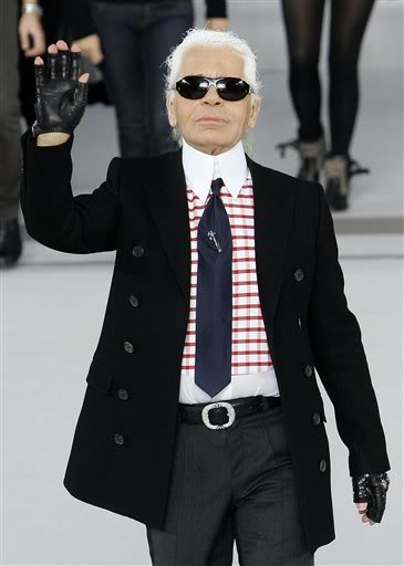 Icon-icon-legend-myth-chanel-designer-lagerfeld-german-fendi.jpg