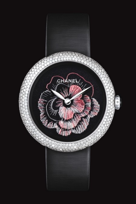 chanel-montre-mademoiselle-prive-decor-camelia-brode.jpg