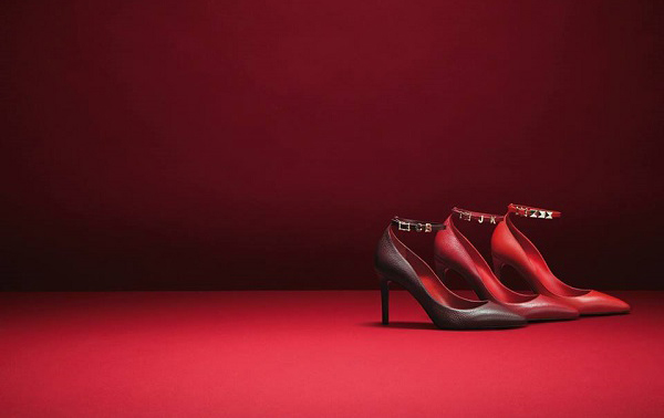 valentino-rouge-absolute-signature-collection.jpg