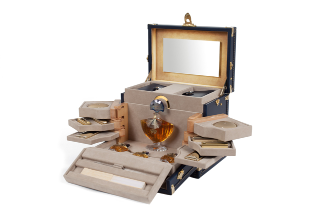 moynat_beauty_trunk_for_orient_express_2.jpg