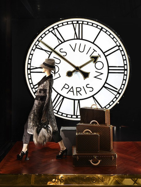 icon-Maison-Louis-Vuitton-luggage-Shanghai-malle-speedy-art-of-travel.jpg