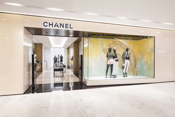 02_printemps_haussmann_chanel_boutique_pictures_by_olivier_saillant_hd-600x401.jpg
