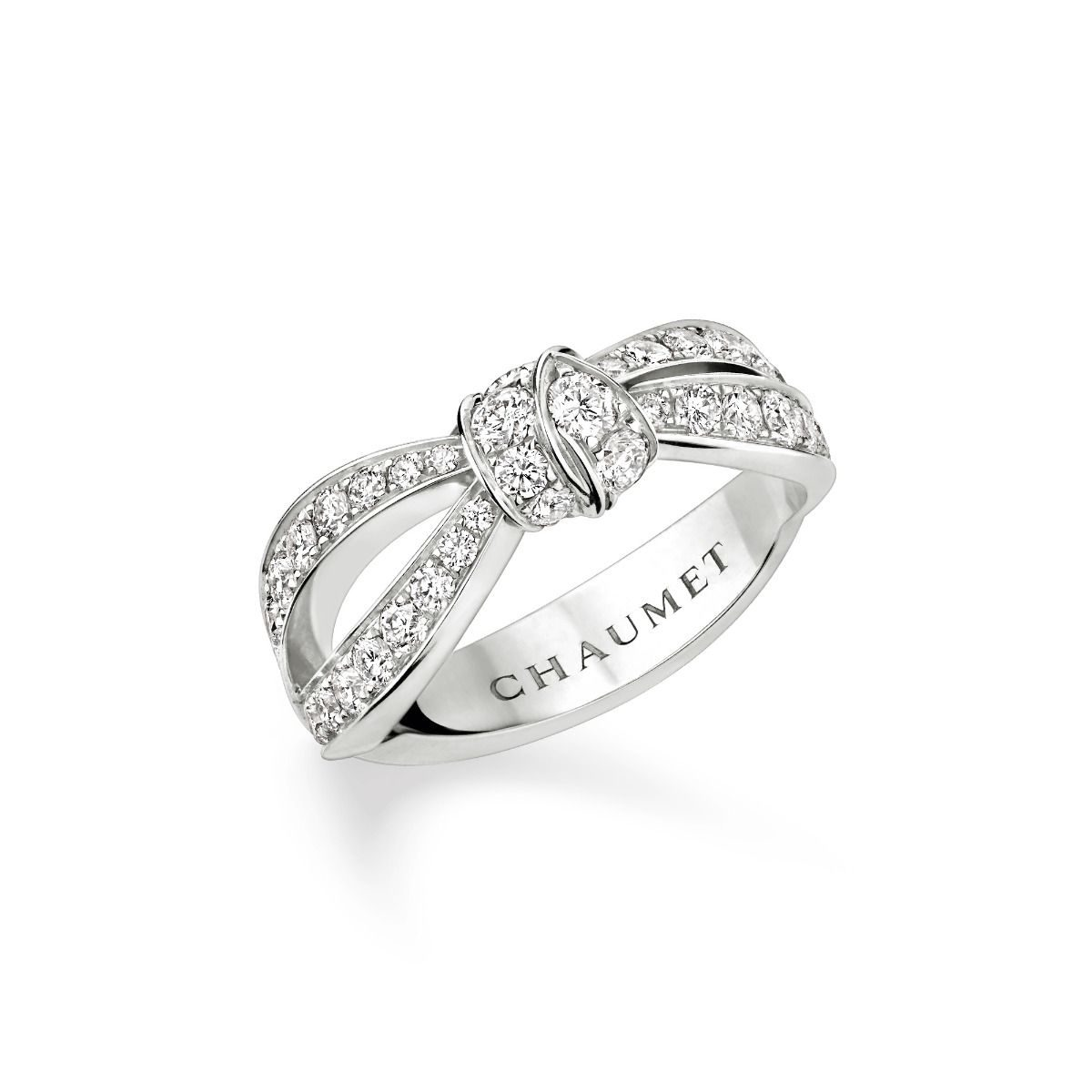 chaumet_083054_liens_seduction_wg_dia_ring_-side_view_cmjn_1.jpg