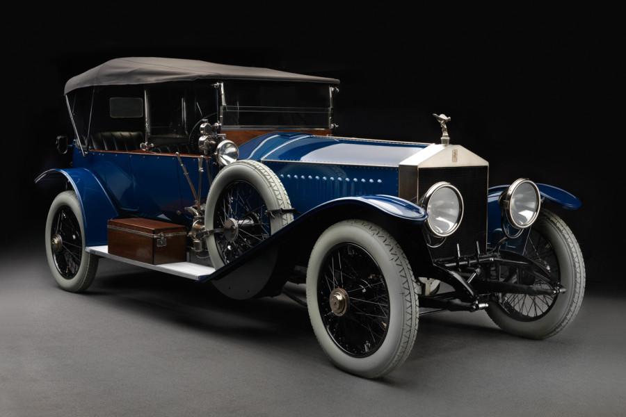 rolls-royce-silver-ghost-1914-front3-4-900x600.jpg