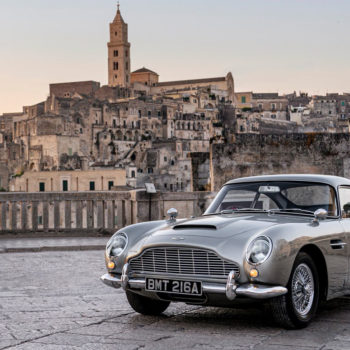 L'Aston Martin DB5 : La Voiture De James Bond